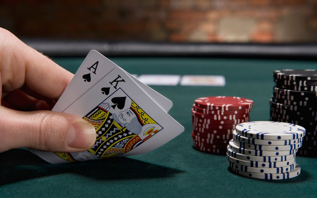 Know Everything About The Playing Online Poker Games!